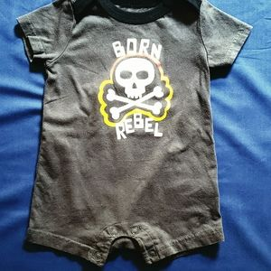 Size 3mos Grey And Black Infant Onzie